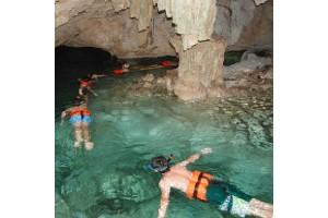 Go snorkeling in Aktun-Chen!